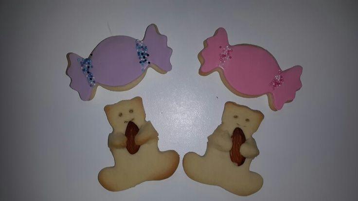 Bayram şekeri kurabiyelerim ve bademli ayıcık