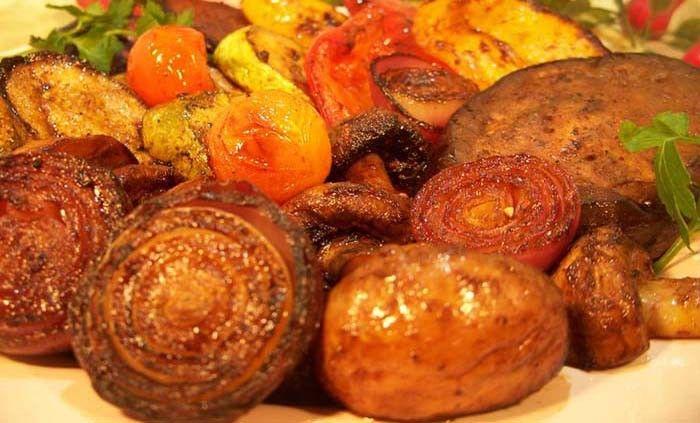 Vynikající chuť grilované zeleniny v kombinaci s pálivou chutí. http://www.nejrecept.cz/recept/grilovana-zelenina-v-pikantni-marinade-r292