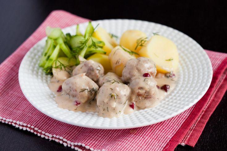 Szwedzkie klopsiki w żurawinowym sosie