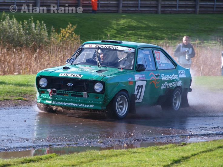 https://flic.kr/p/NRALzx | Mark Kelly -  Andy Baker Ford Escort Mk2 2 | OLYMPUS DIGITAL CAMERA