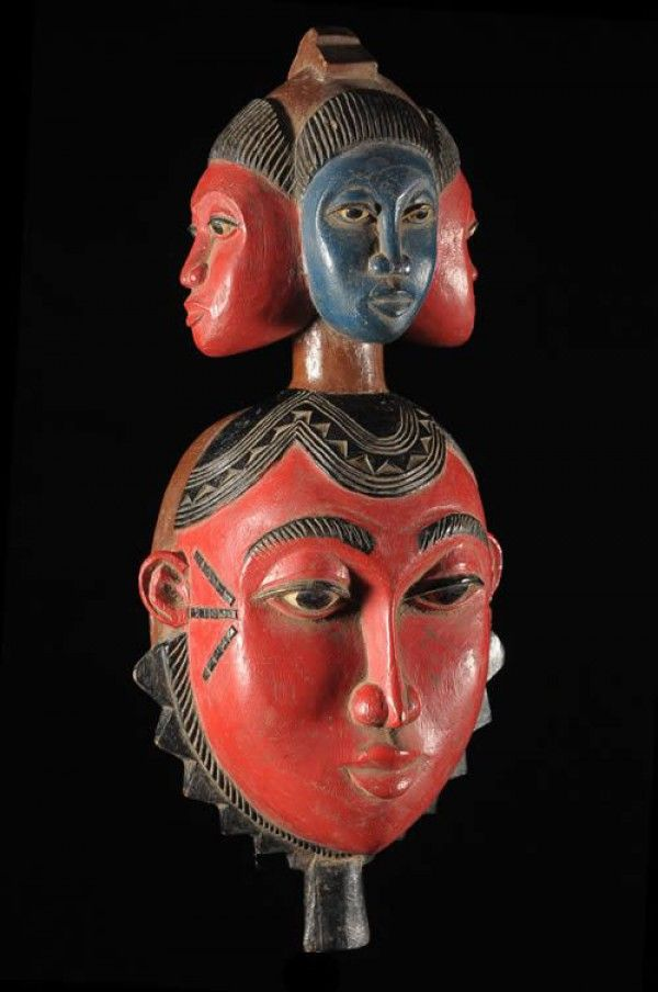tMami Wata Worship mask - Yaoure - Côte d'Ivoire - Voodoo Cult
