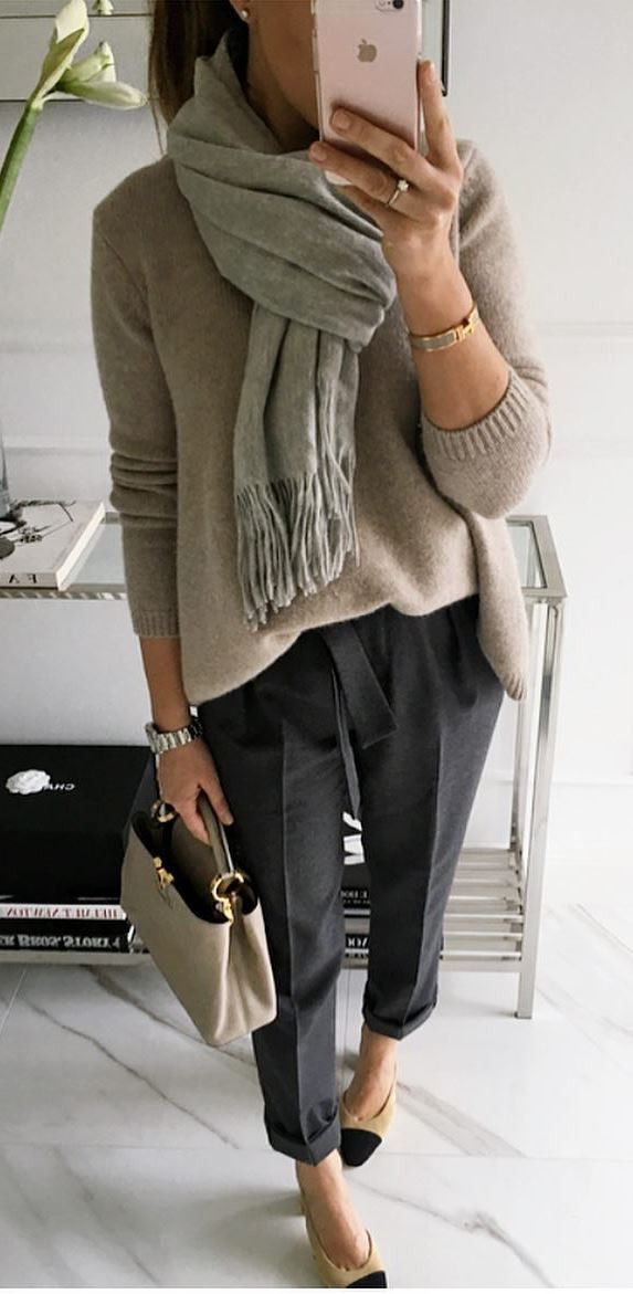 what to wear wiht a scarf : sweater + bag + pants + heels