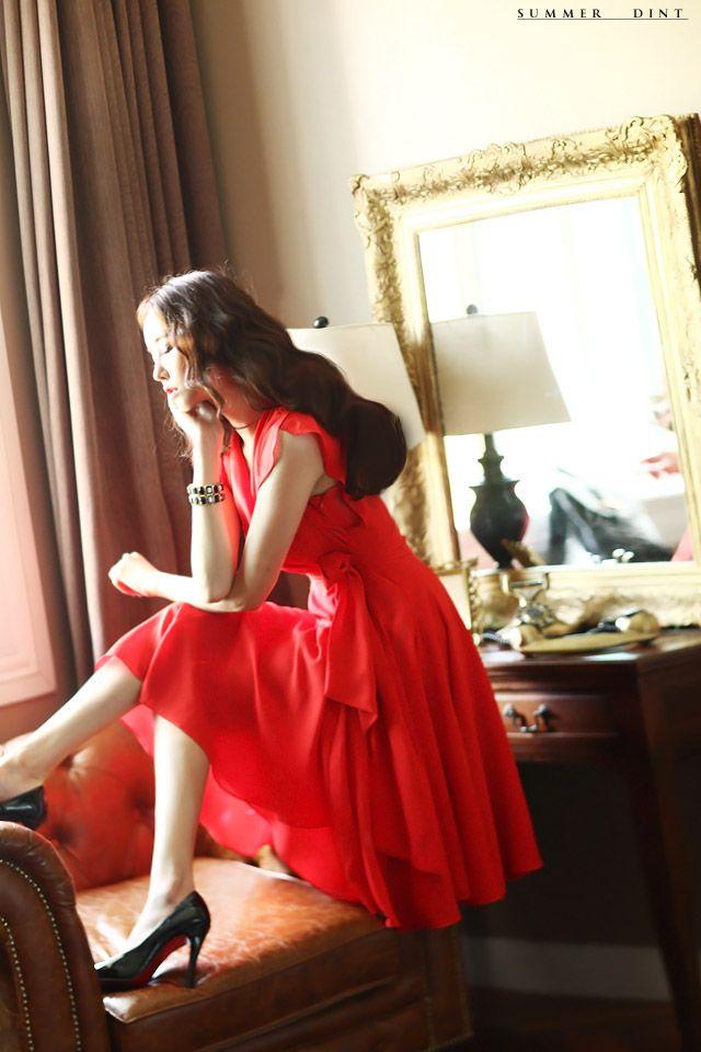 韓国婦人服通販 レディースファッション 優雅でエレガンスなスタイルを追求するDINTの美しいドレス[DINT]   DRESS D2421サープリスラップシーポンフレアワンピース(ベルトset)(50次再入庫)*顧客の要求Mサイズを追加* ROMANTIC