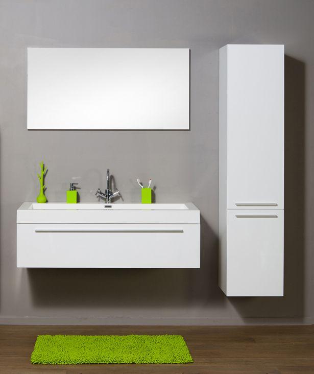 -  wastafelkast wit 1250 x 310 x 520 mm met matte alu handgreep, 1 grote lade met softclose systeem met Blum scharnieren -  wastafel enkel in polybeton wit afm. 1250 x 520 x 90 mm incl. klik klak voor 1-gats kraan -  Setprijs meubel met 1 kolomkast inbegrepen -  spiegel en kraan in optie aan meerprijs -  decoratie te verkrijgen aan meerprijs in onze afdeling sfeer&deco