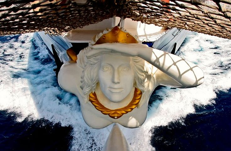To me, this #sailing ship's figurehead is whimsical; as if it were part of an illustration in The Tall Book Of Make-believe