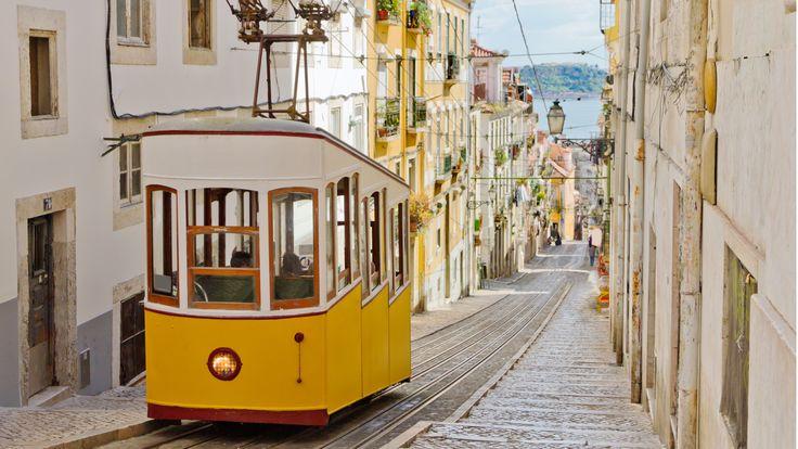 Découverte de la capitale portugaise : #Lisbonne ! Citytrip de 5 jours avec hôtel en centre ville, vols inclus depuis Marseille ou Paris ! Dès 219€ par personne.