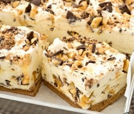 Choc Honeycomb Slice: Another NESTLÉ Sweetened Condensed Milk recipe from our 100 years of Sweet Baking Memories Book. This luscious ice cream dessert slice is great for summer days - so creamy, so easy and so delicious!.