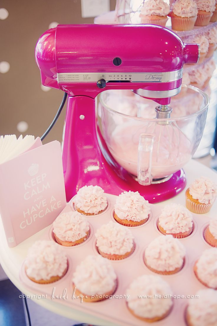 best 25 pink kitchenaid mixer ideas on pinterest kitchenaid pink kitchen aid mixer with pink cupcakes doesn t get more perfect