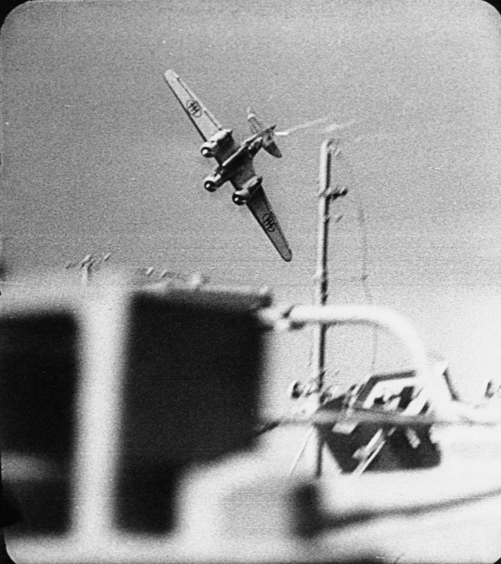 SM.79 attacking convoy, Malta