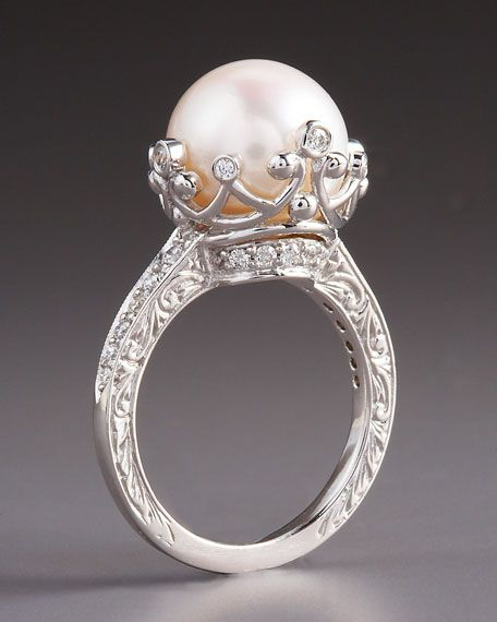 Penny Preville pearl and diamond ring @Christina & Flemister i thought pf you not exactly but am i close?