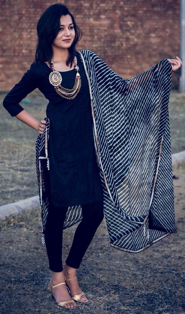 Black Leheriya Chiffon Duatta at Hepburnette.com - Black certainly attract all eyes.. This one is certainly a showstopper !!