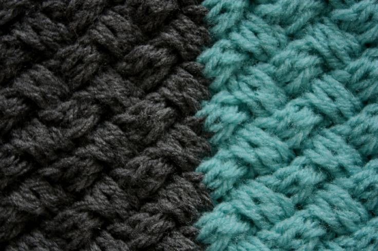 CABLE COLOR BLOCK SCARF |  I really like how the cables look - simple and intricate at the same time!