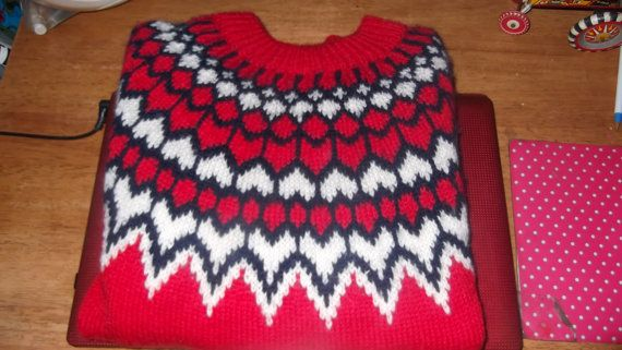 Vintage Dale of Norway pull over sweater