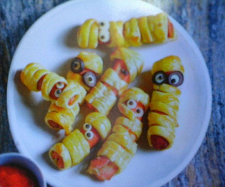 Ideas halloween,, mini salchichas envueltas pasta  hojaldre
