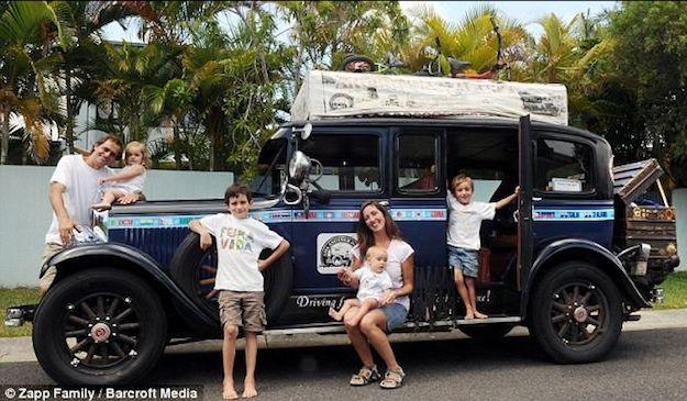 """Gracias al blog """"Viajando por Ahi"""" de Aniko Villalba y a su sección """"Familias Viajeras"""" que fue las que nos llevó a conocer a la familia Zapp"""