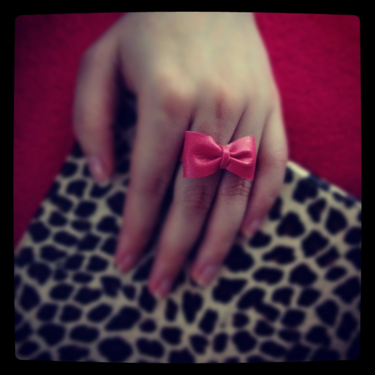 leather bow ring