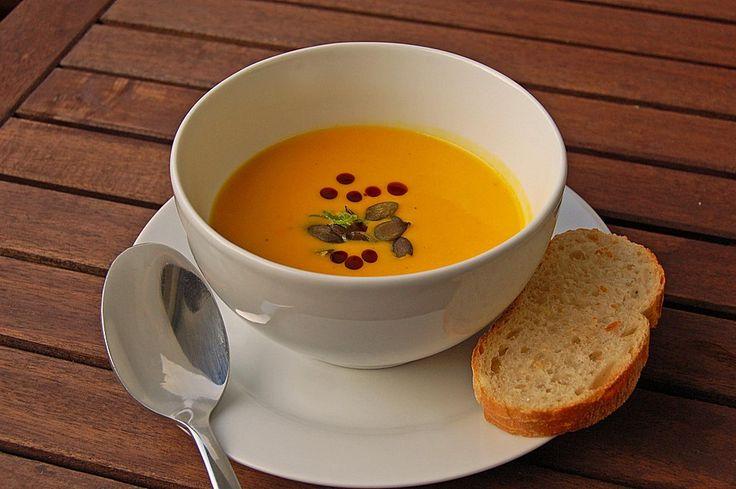 Kürbissuppe mit Ingwer und Kokosmilch, ein raffiniertes Rezept aus der Kategorie Gemüse. Bewertungen: 1.841. Durchschnitt: Ø 4,7.