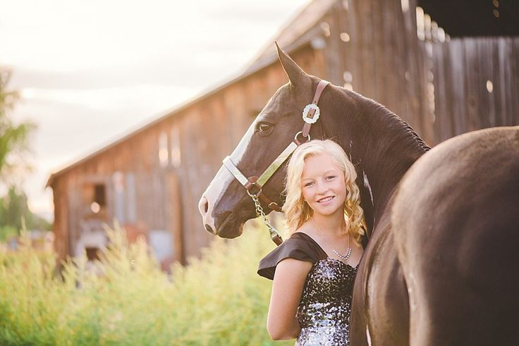 Lizzy | Horse Senior Pictures - Lauren Anderson Photography