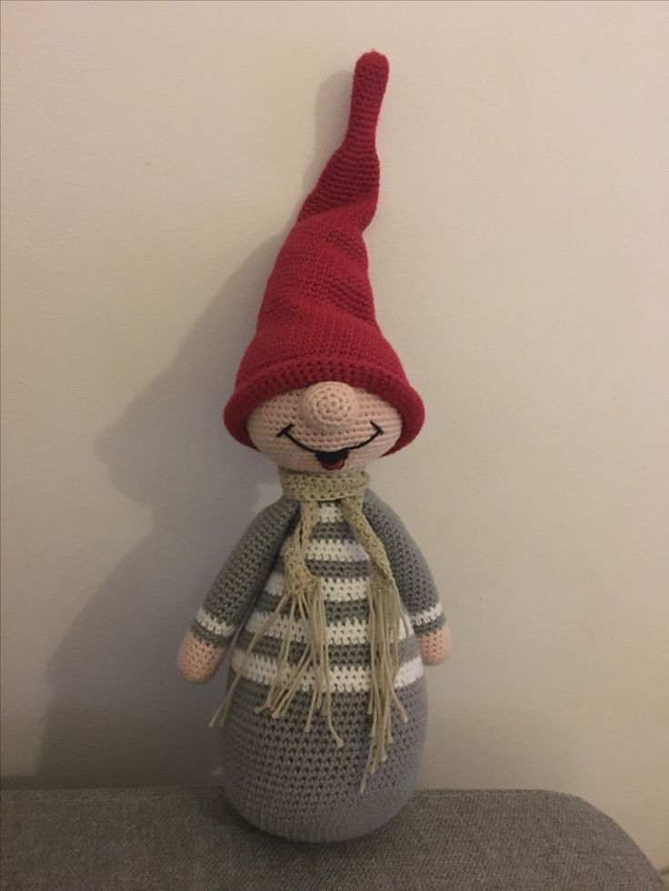 Hæklet nisse, crochet elf