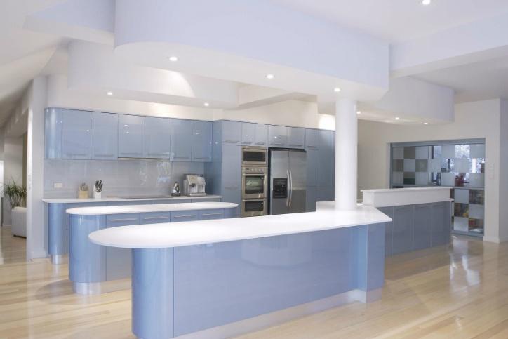 Polyurethane Kitchen in metallic finish