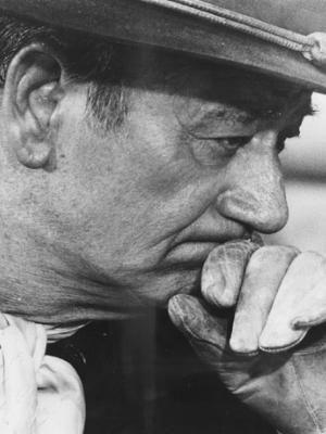 John Wayne        Famosos actor ya desaparecido que empezó en el cine mudo y termino siendo un icono norteamericano durante muchos añ...