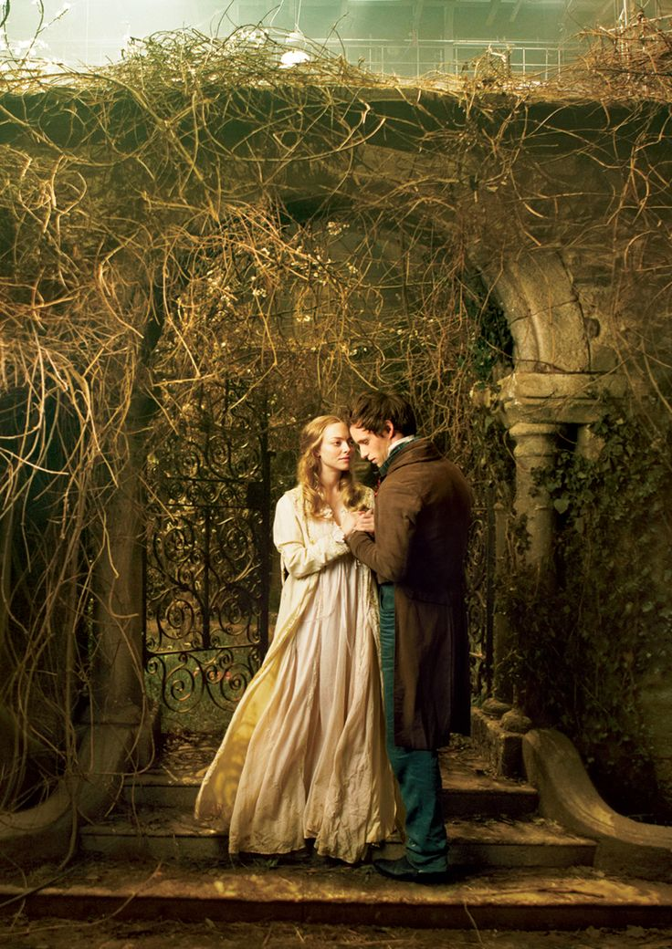 Amanda Seyfried & Eddie Redmayne in Les MIserables by Annie Leibovitz