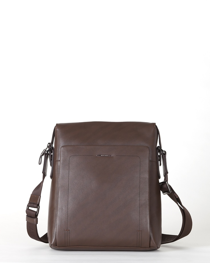 sacoche homme en cuir marron bandouli re montagut paris site officiel sacs pinterest bag. Black Bedroom Furniture Sets. Home Design Ideas