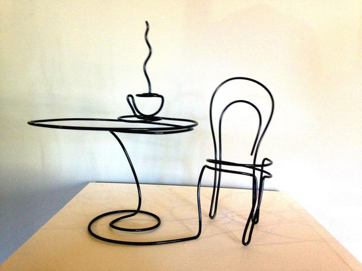 Café dreaming - wire art by Steve Lohman