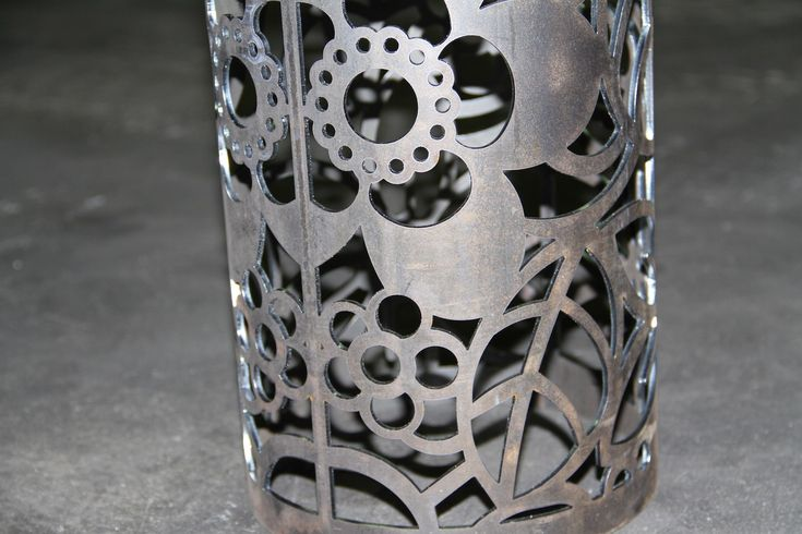 taglio laser tubi e lamiere in acciaio by CMM