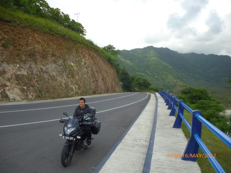 Things you need to aware decide to use motorcycle to your hometown. Our latest article on Jelajah.