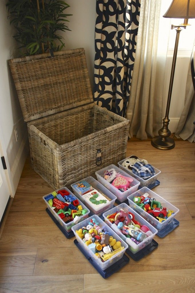 Toy Organization - Toy Chest Organization - Need to do this for all Aubrey's toys that have pieces and parts... easier to clean up and keep contained from baby