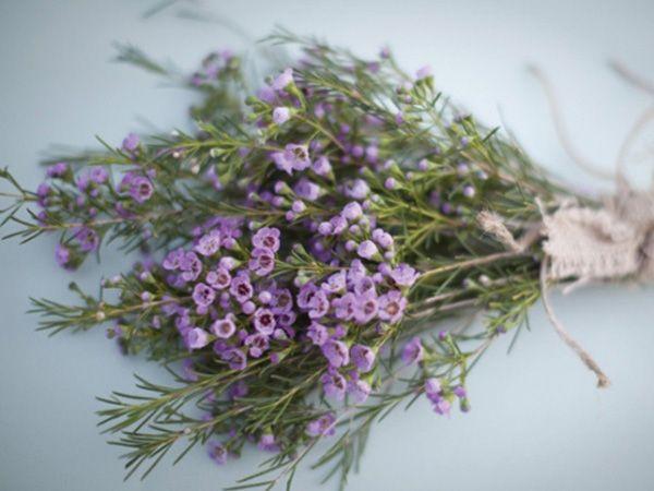 ramo novia hipster con flores de campo