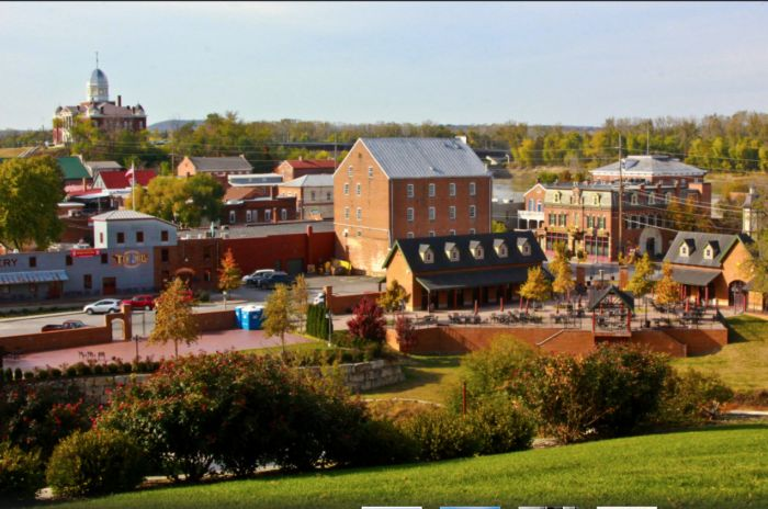 Hermann: This Quaint Missouri Town Is Picture Perfect For A Fall Getaway