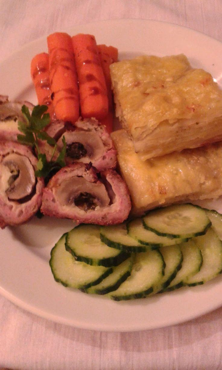 Duplán - gombával, sajttal- töltött fasírt, póréhagymás, csőben sült burgonyával ( gratin )