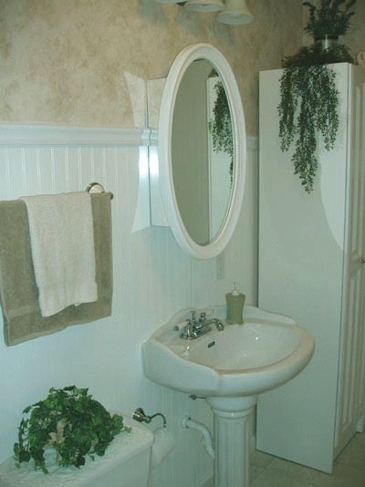 10 best images about small bathroom decor ideas on pinterest for Small country bathroom designs