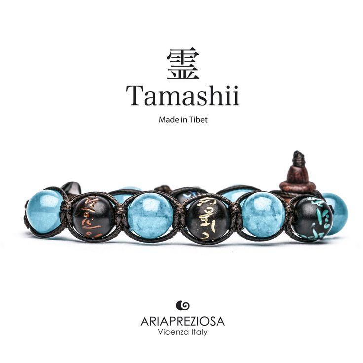 Tamashii - Bracciale originale tibetano (tg. L) realizzato con pietre naturali Agata Azzurra e legno orientale autentico con SIMBOLI MANTRA incisi a mano