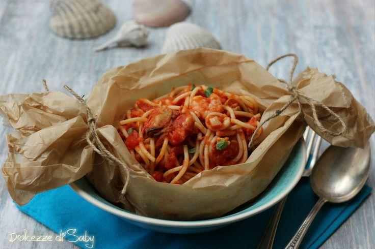 Spaghetti al cartoccio ai frutti di mare
