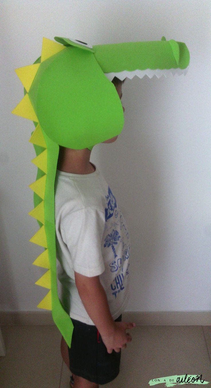 Disfraz de cocodrilo con goma eva | Handbox Craft Lovers | Comunidad DIY, Tutoriales DIY, Kits DIY