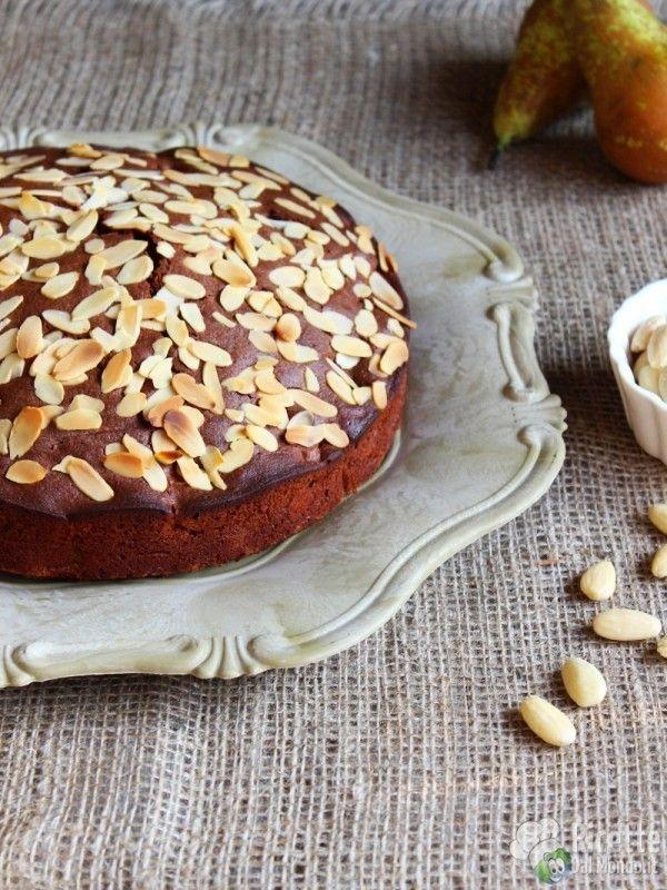Come fare la torta di pere e cioccolato