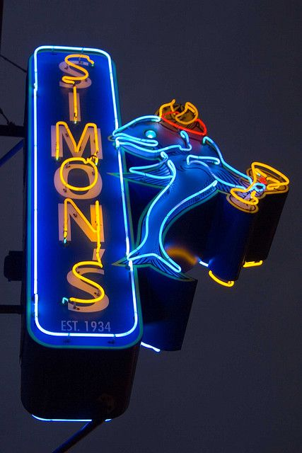 Google Image Result for http://1.bp.blogspot.com/-jvDbkWIaYa8/TfzxZUQkm0I/AAAAAAAADEw/cmPd-f2LInc/s640/vintage_neon_signs18.jpg