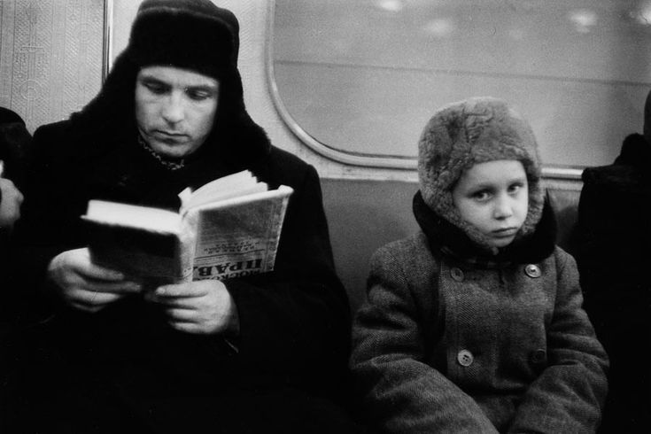 In the metro, Moscow, 1960 | Photo by Marc Riboud