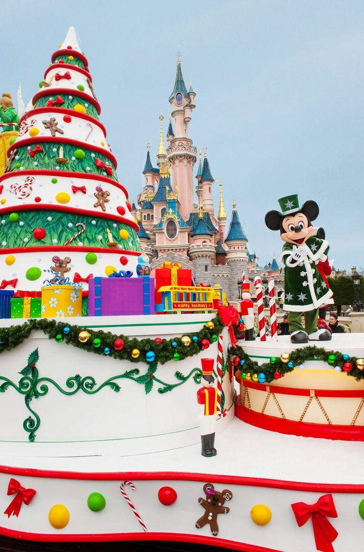 Christmas at Disneyland Paris 2015