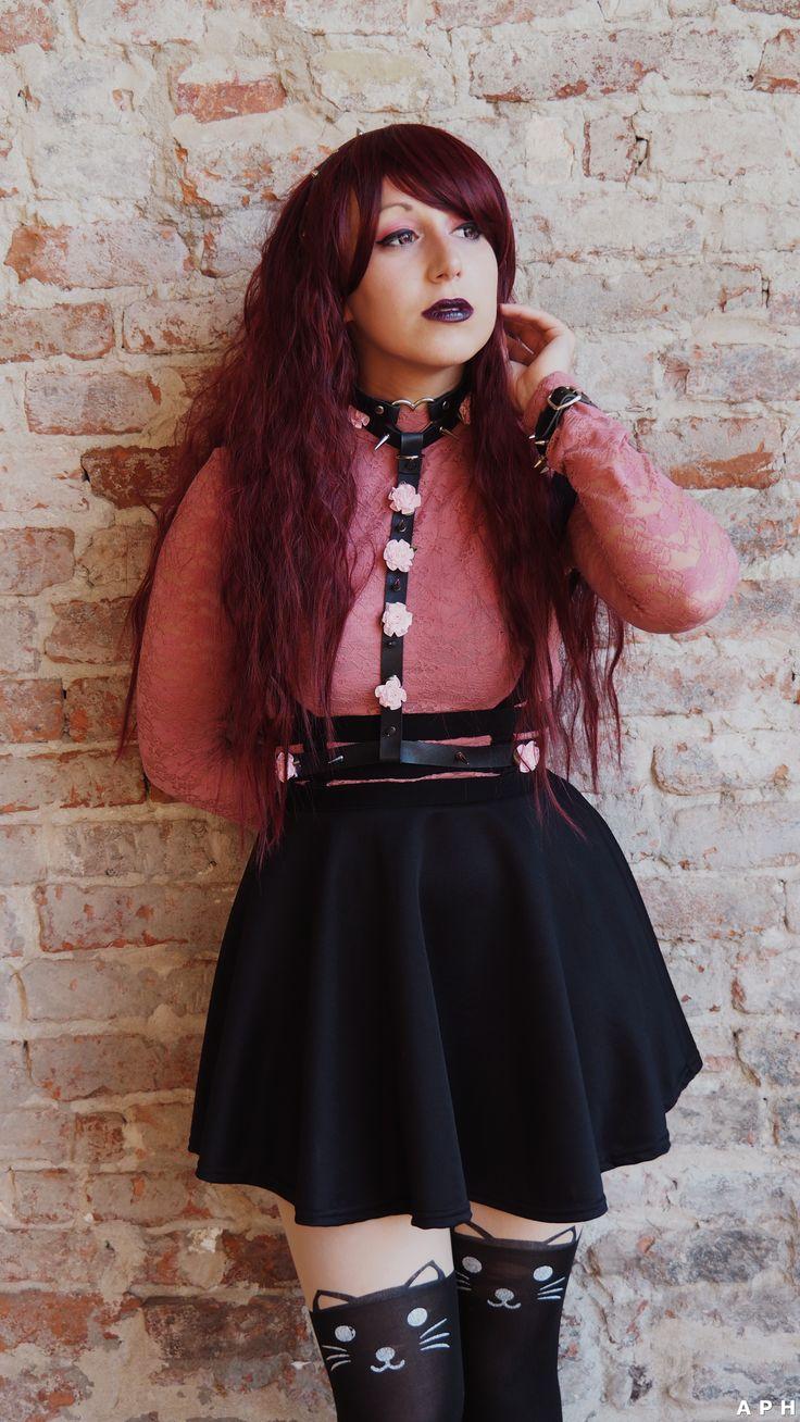 #cat #alt #alternative #neko #kawaii #cute #kawaiineko #catgirl #nekogirl #kawaiigirl #pastelgoth #pastelgothgirl #nekopastelgoth #alternativegirl #alternativecosplay #istantphoto #cosplay #nekokawaii #blacklips #catears #catbag #rose #choker #stud #pastel #goth #altgirl #cutegirl