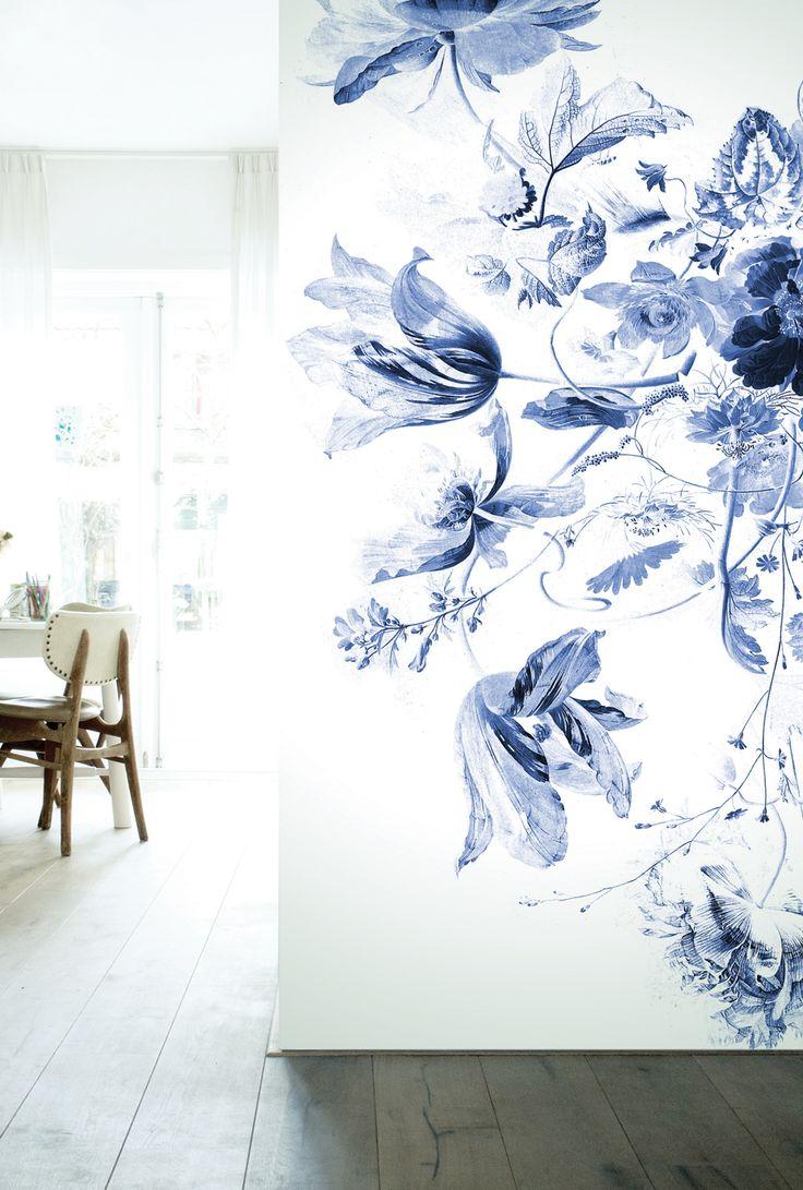 Fotobehang bloemen Royal Blue Flowers - KEK Amsterdam®
