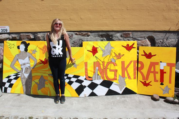 Mina - ung kræftoverlever og kunstner - foran det mega flotte LIVE-ART-resultat!! <3