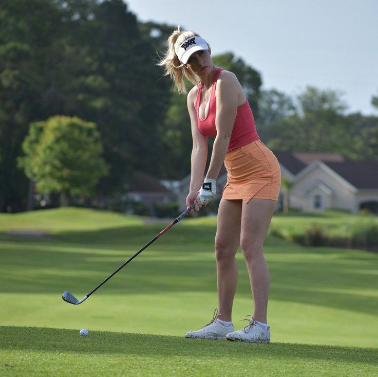 How to score on a golf date