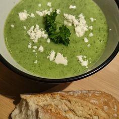 Brokkolisuppe, ein gutes Rezept aus der Kategorie Gemüse. Bewertungen: 369. Durchschnitt: Ø 4,4.