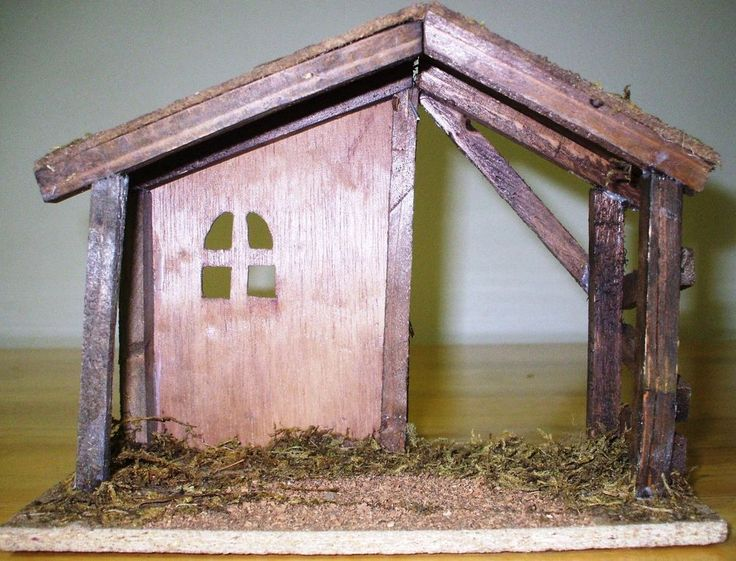 """small WOODEN NATIVITY STABLE/CRECHE/MANGER FOR 3"""" FIGURES CHRISTMAS DECOR"""