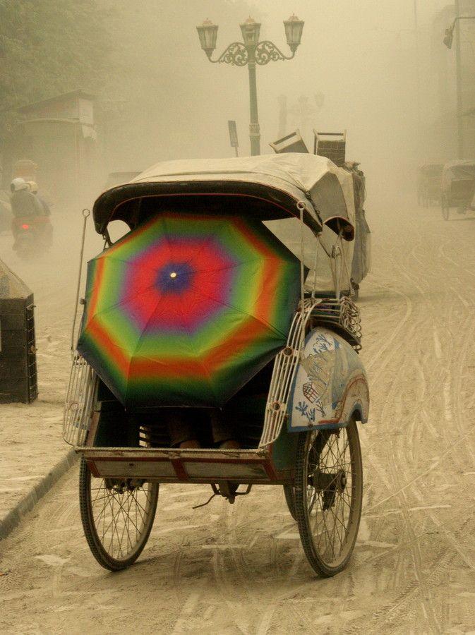 Malioboro street with vulcanic dust mt. kelud by sentul kenyut on 500px
