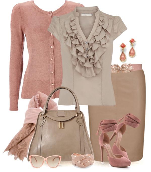Ésta combinación es ideal para las pieles cálidas, los tonos cremas, café claro y palo de rosa juegan a favor de una mujer OTOÑO Quieres saber más? www.imagenexcellence.com